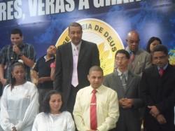 Pastores, Presb�teros e Mission�rias aben�oando