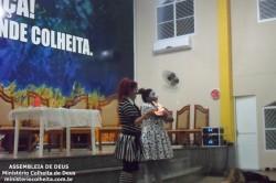 Pe�a da Companhia de Teatro Jeov� Nissi na Colheita