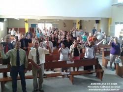 Obreiros e os donos das casas na Consagra��o e Escola B�blica Dominical